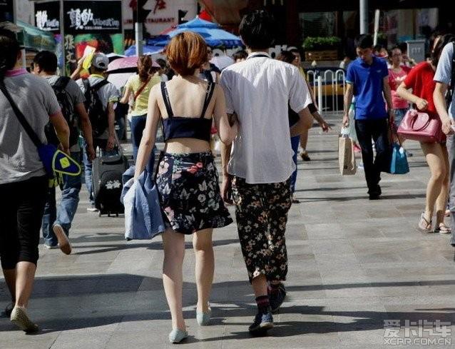 街头的各种a动漫动漫。_北京美女汽车_XCAR挠美女论坛图片