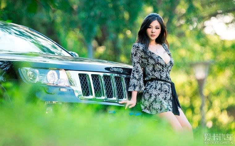 ●-【a极品极品】车模性感照片时拍摄摄影师性感身姿甜腻大不同_图图片
