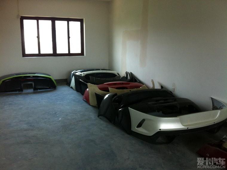 出售f12原厂全碳纤维总成内饰和各类法拉利玛莎拉蒂兰博配高清图片