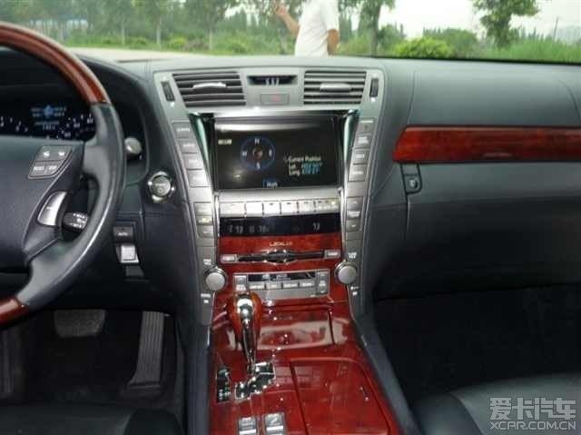 出09款雷克萨斯ls600混合动力车超靓高清图片