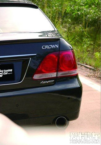 > 出售:(现货)丰田皇冠尾灯 皇冠超级运动版尾灯 皇冠改装尾灯