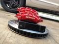 奥迪A6L刹车改装AP9040红色卡钳、线碟装车