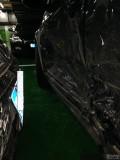 车库里,新迈腾直撞高尔夫GTI,求大家给点意见。