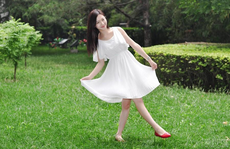 美女白裙标致_爱卡301汽车_XCAR贝贝论坛俱东美女兆图片