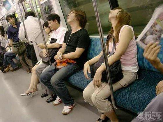 空姐的一天和日本地铁美女