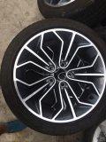 宝马3系18寸轮毂轮胎