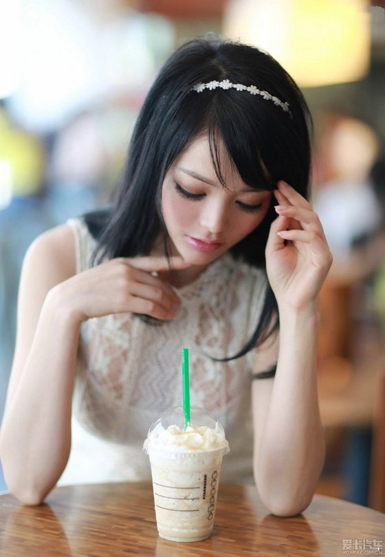 喝奶茶的美丽公主angelalee李玲【20p】