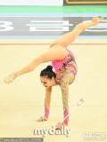 孙妍在参加国内选拔赛身形丰满显熟女范儿