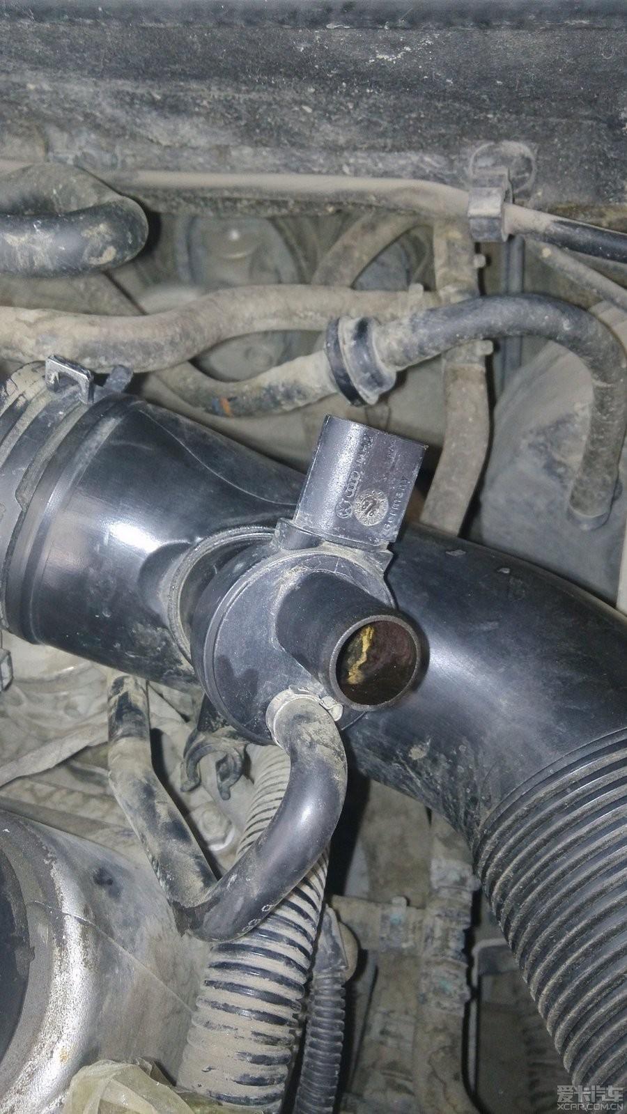 设计 废气/废气阀与曲轴箱那头的接口