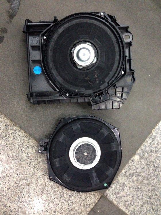 海口 宝马5系 原厂升级哈曼卡顿10喇叭l7功放作业