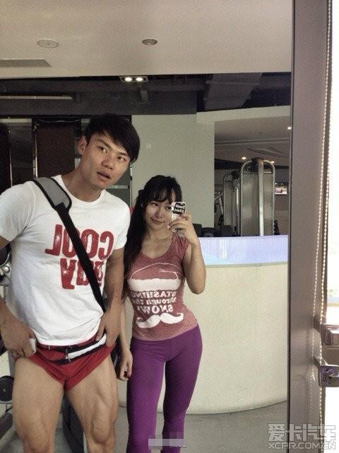 【闲谈】健身房教练挣钱真不容易,少妇们不是