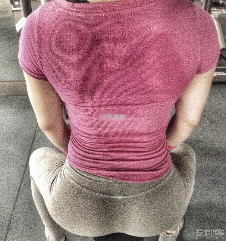【瞎聊】 健身房教练挣钱真不容易,少妇们不是