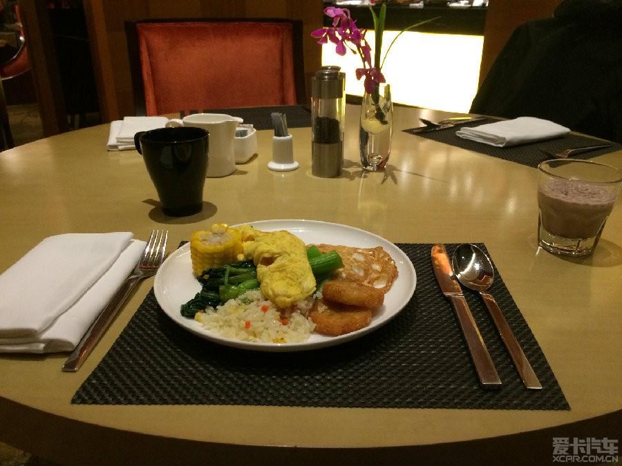 朗豪的服务还是很好的,知道都是为了赶飞机,所以早餐也是特别早的.
