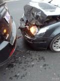 车撞了求老宝来大灯水箱框架水箱叶子板机盖江浙沪