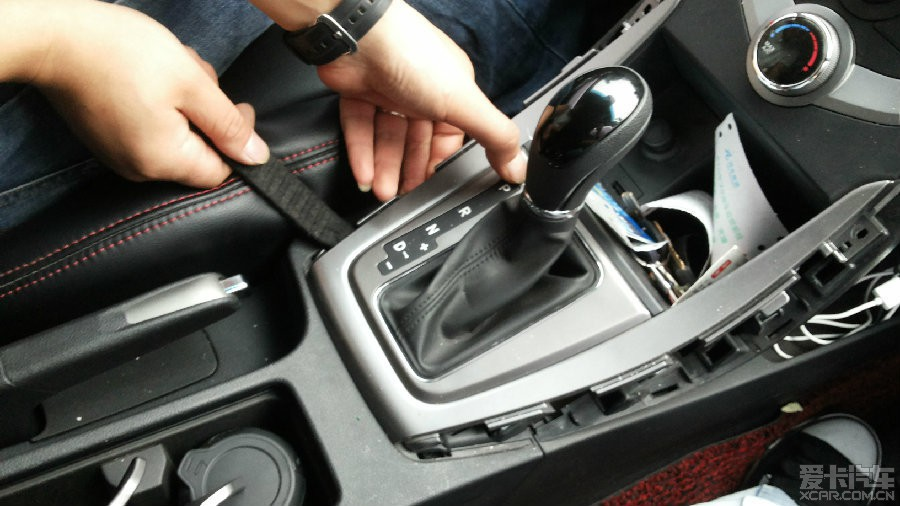 现代朗动方向盘按键定速巡航蓝牙电话专业 分析教程帖 视频图文
