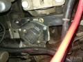 更换变速箱机爪垫作业,改装自动离合系统