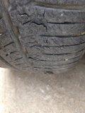 轮胎掉皮,这种情况要不要换胎?