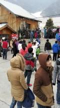 周末自驾游去石京龙滑雪场滑雪,还下雪了。。。