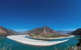 广州卡友春节自驾15天,探访云南最美的雪山、湖泊、花海
