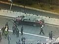 深圳宝安机场女司机开奔驰将多人撞至桥下现场视频~~~~~