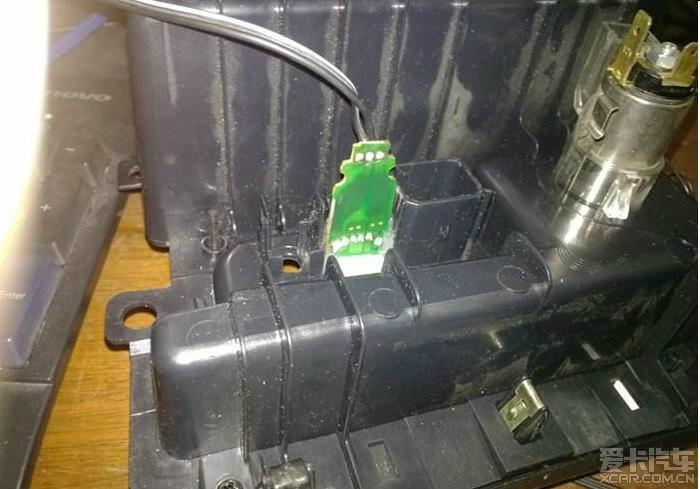 > 福三增加usb充电接口