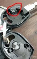 有没有把志俊的点火钥匙里的防盗芯片拆下来过?