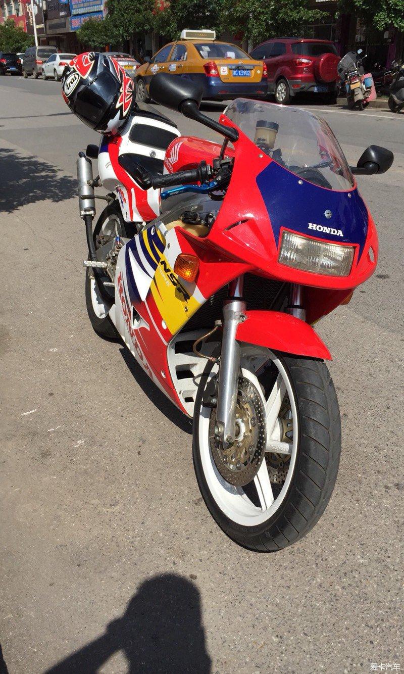 nsr摩托车手机壁纸