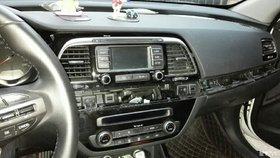 D版原车CD加装倒车影像