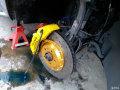 奥迪Q5改装brembo18Z套装刹车灰身配黄色卡钳有点小骚