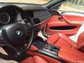 11年宝马X6M白色骚红内(双涡轮增压,四座)