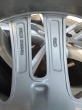 奥迪A7原厂19寸轮毂轮胎一套