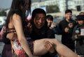 主要我肩周炎犯了,抱求不起。。。中国第一胸模搔首弄姿