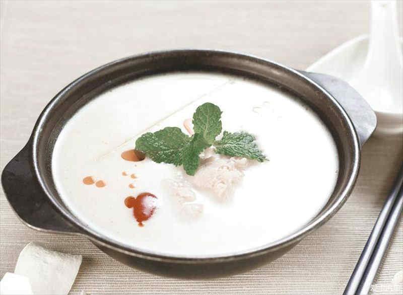 【特色】泰国普吉岛精华美食_广汽吉奥奥轩G的美食关于传单素材图片