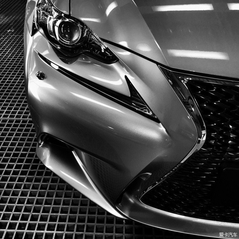 Lexus IS200t F-Sport�ᳵ��Ƭ