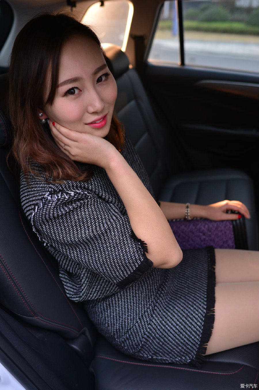 cs75美女车模图片图片
