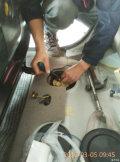 换汽油泵作业