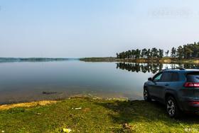 【自驾在路上】享受春光,JEEP自由光伴我找寻僻静的港湾。