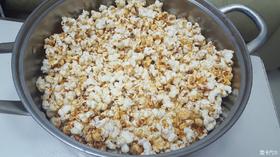 自己试做了一下奶油爆米花媲美影院的