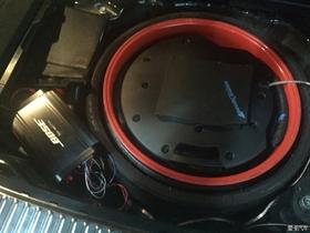 极致声场 途锐加装备胎低音炮