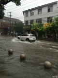 卡罗拉涉水深度多少,我这下大雨被淹了。