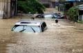 雨季――涉水险