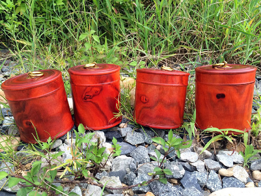 赞比亚血檀茶叶罐 整料掏空 做工精细 纹理细腻