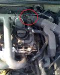 进气管连接曲轴箱的那个阀