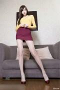 【高挑美女清新丝袜美腿写真……】