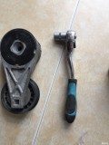 自己换涨紧轮和惰轮轴承