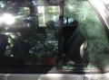 小孩被锁在车内,你的第一反应是?(3楼看视频)
