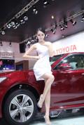 车展靓丽车模摇身一变成中国最火胸模38P