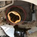 换半轴油封,半轴下来了,内球笼的外壳怎么拆下来?