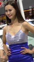 这枚深圳车展上的车模,不知道大家会不会喜欢
