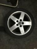 出奥迪a4b7轮毂轮胎等配件